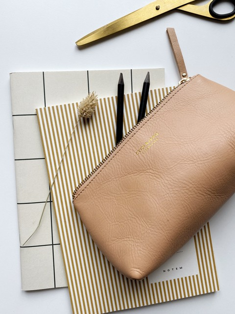 Frederikke starter alle ideer til produkter med en håndtegning
